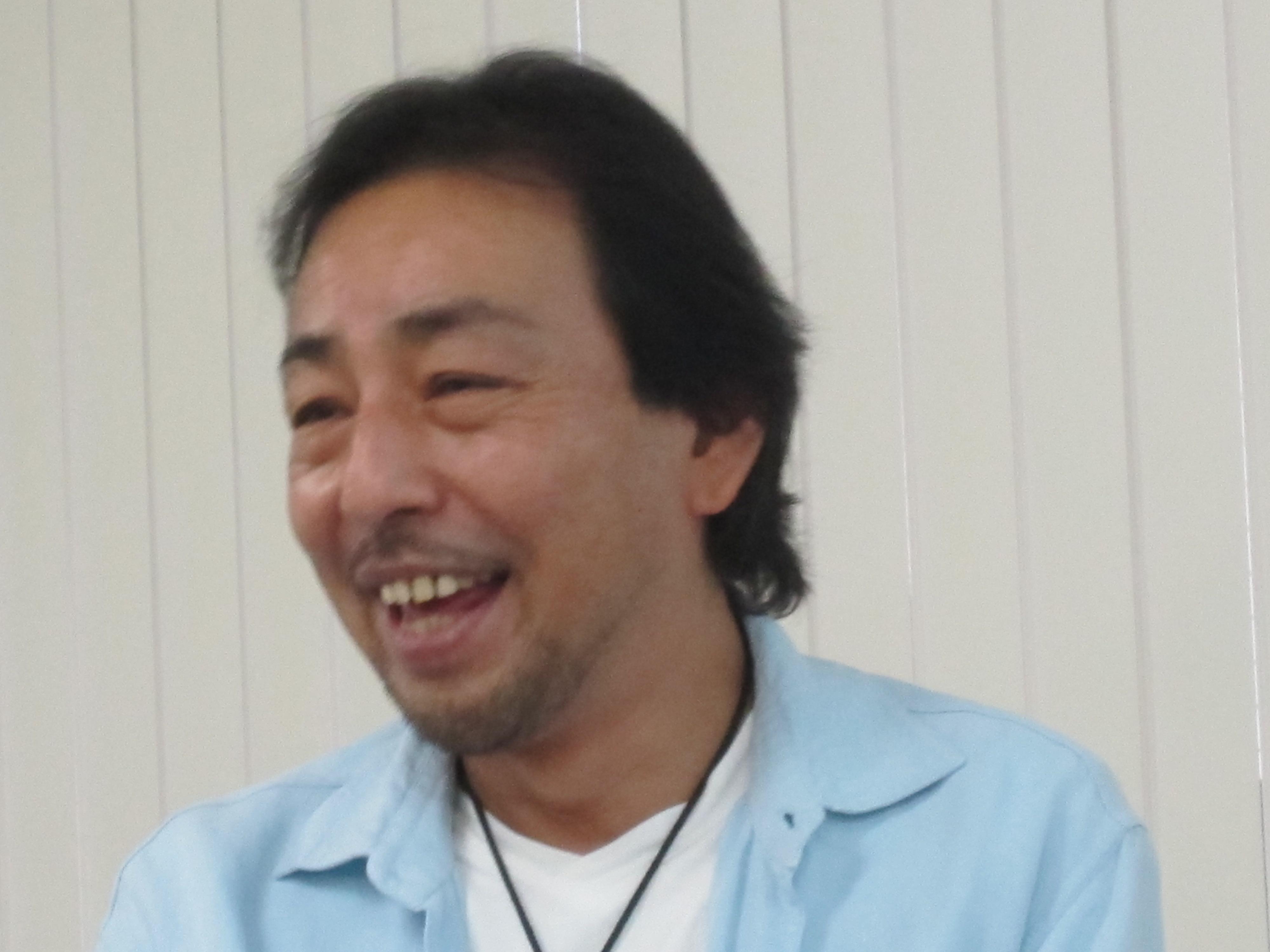 河名秀朗氏
