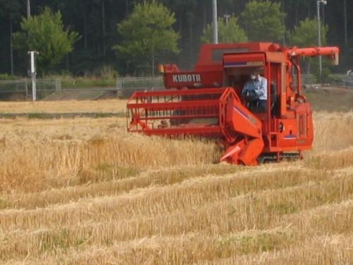 2012年3月16日の参議院予算委員会で無肥料・自然栽培のことについて議論された。