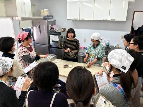 ゴマとお味噌は相性バツグン。そんな手作り味噌教室を開催しました。