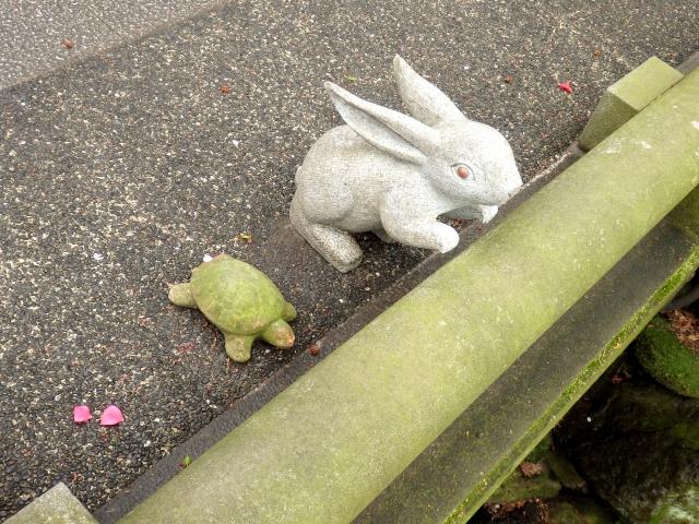 『ウサギとカメ』の童話でなぜウサギが負けたのか?勝つことよりも強くなってほしい。そんな意味があるかもしれない。